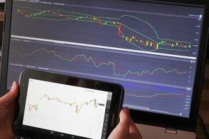 trading-643723_640-300x200